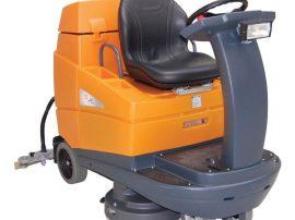 Taski Swingo 4000, nagyméretű vezetőüléses automata súrológép.